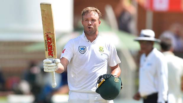 'Amazing' De Villiers bats South Africa into lead
