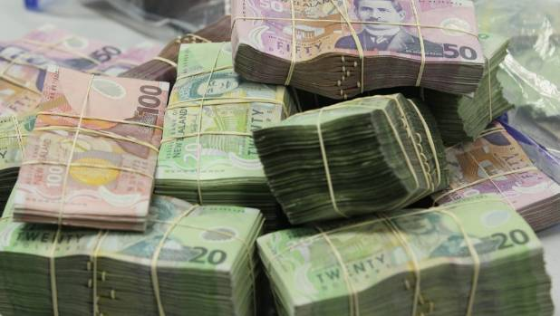 Safe containing cash found in Auckland rubbish pile by ... Canadian Money Stacks Wallpaper