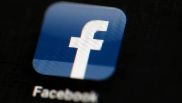 Facebook shares plunge amid Cambridge Analytica data fallout