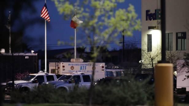 Investigators suspect FedEx bomb is tied to Austin bombings