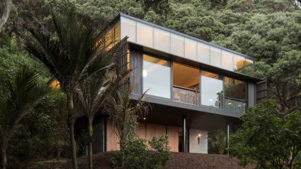The Kawakawa House in Piha, West Auckland, has been named Home of the Year 2018.