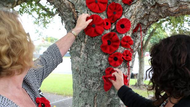 Knitted and crocheted poppies will decorate the Te Awa Cycleway and tree trunks around the Waikato district this Anzac Day.
