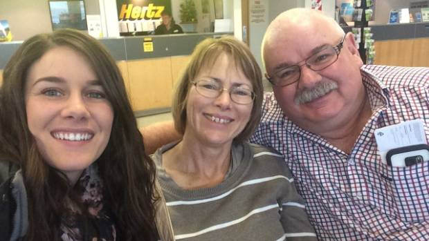 The changing face of funerals and the way we deal with death stuff sharee brown with her parents robyn and bruce brown of hawera solutioingenieria Images