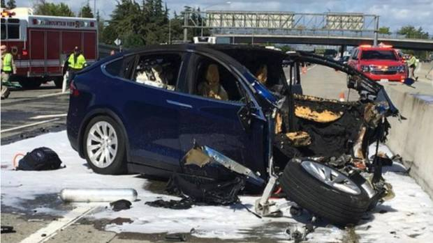 Tesla Withdraws From NTSB Fatal Model X Crash Investigation