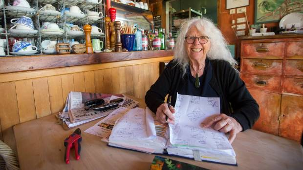 Restaurateur Fleur Sullivan has offered a reward of $ 5,000 for information that leads to the detention of the criminal, or ...