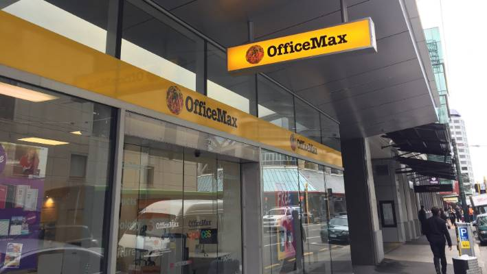 Officemax Tells Staff At Waiwhetu Of Plan To Close Offices And Lay