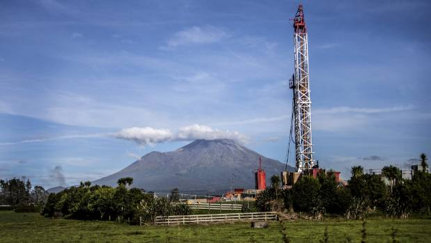 An oil rig between Stratford and Midhurst in Taranaki. Ardern will announce no more offshore exploration permits and