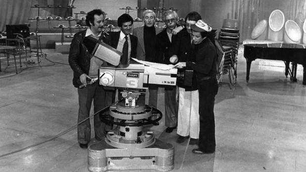 Celebrities at Avalon Studios working at Telethon in 1980.