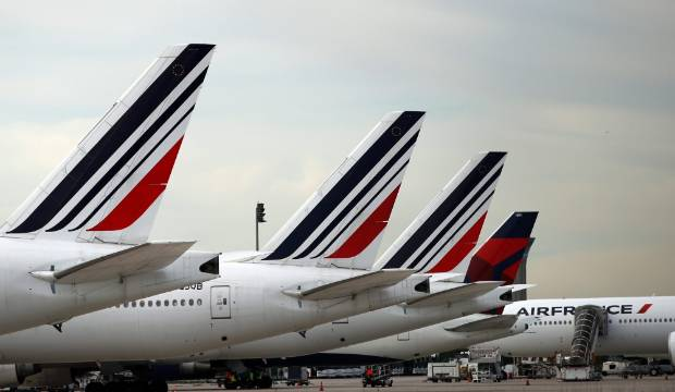 Air France flight diverts to Ireland after mysterious mobile phone found on board