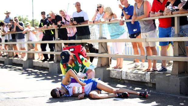 Commonwealth Games marathon runner Callum Hawkins leaves hospital
