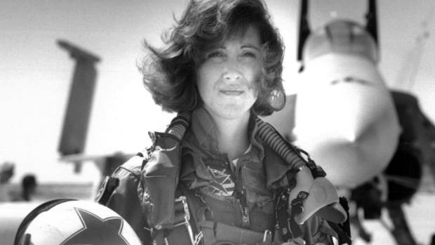 Lieutenant Tammie Jo Shults was one of the first women to fly Navy tactical aircraft