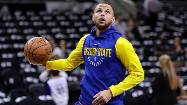 Warriors locker room 'somber' after Game 4 loss to Spurs