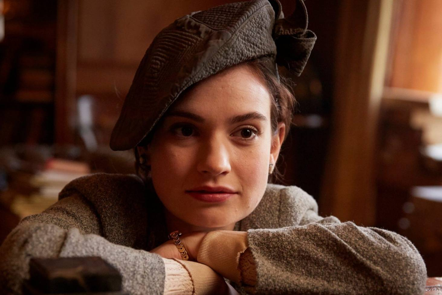 df634f79d The Guernsey Literary and Potato Peel Pie Society  Lily James ...