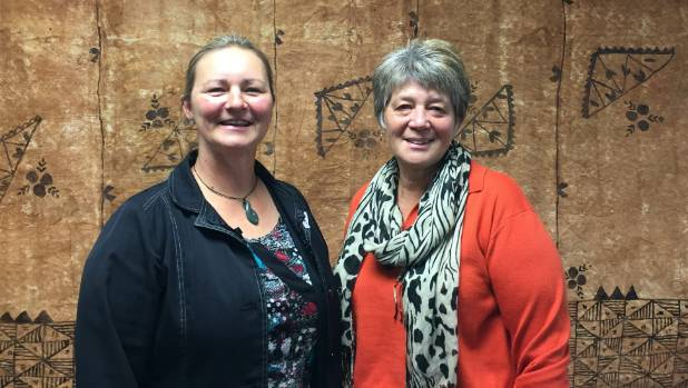how to become a social worker nz