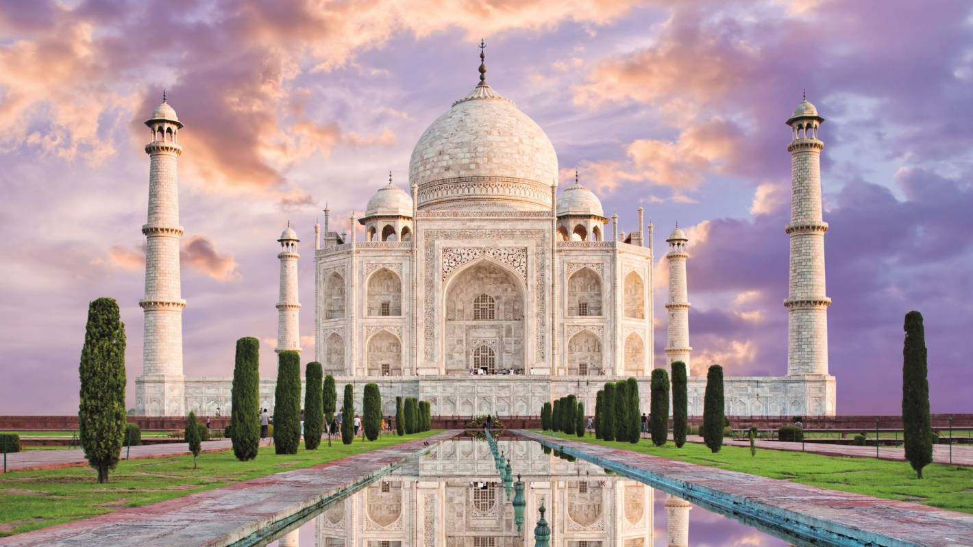 Taj Mahal Turning Green Due To Pollution Stuff Co Nz