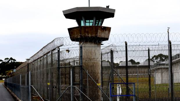 The incident happened in the prison of Auckland in May last year.