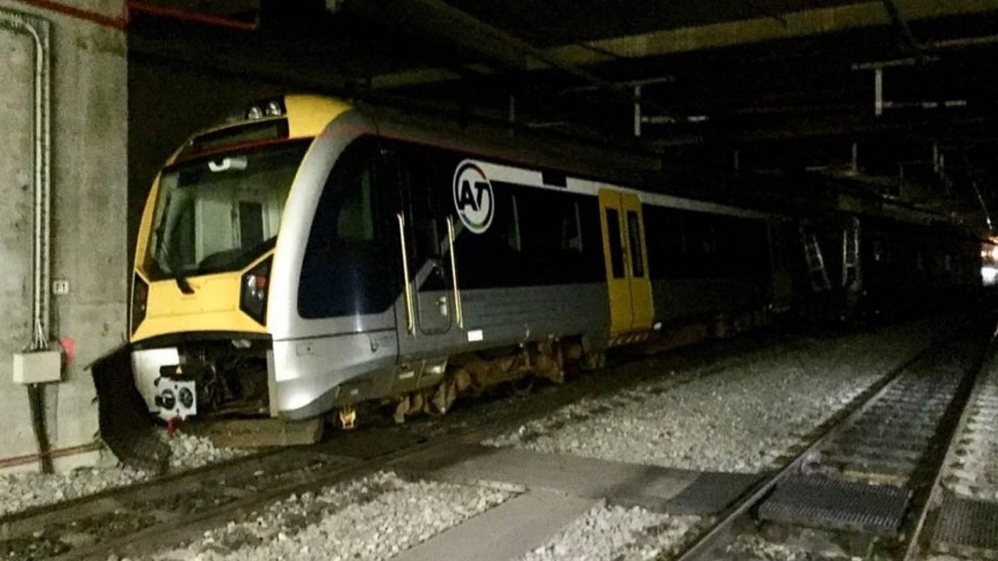 Britomart train derailment: Broken track found to be cause