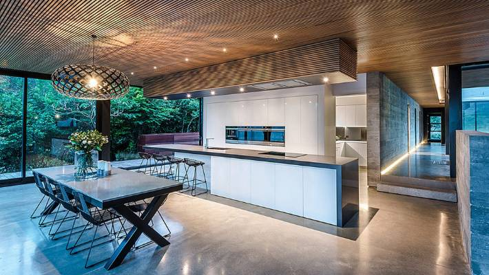 A Magniificent Rimu Batten Ceiling Is Echoed By Custom Bulkhead In This Kitchen Designed