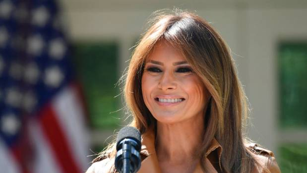 Donald Trump pays hospital visit to recovering first lady Melania