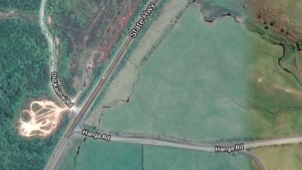 One dead in Kaimai crash, Waikato highway closed