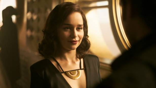Emilia Clarke once again displays her charismatic qualities as Solo's Qi'ra