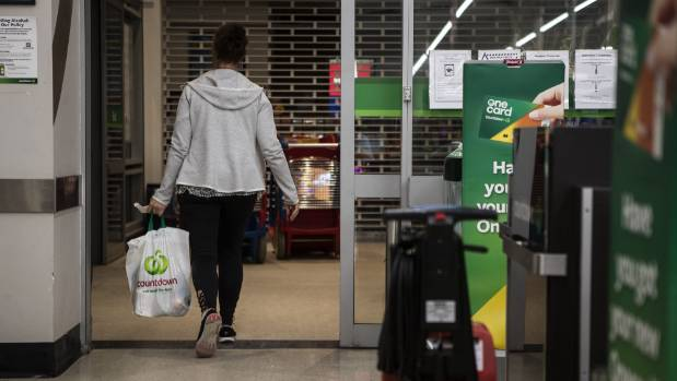 Countdown customers embrace life less plastic