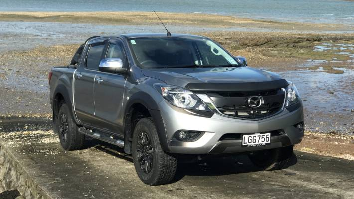5ff5ecf6c24d01 The Mazda BT-50 GSX Special Edition gets a load of extra kit for less