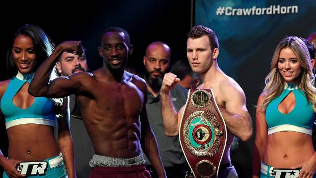 Australian boxer Jeff Horn makes weight for world title fight