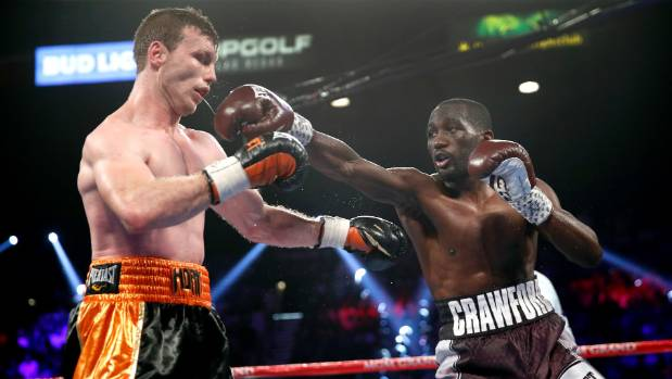 Terence Crawford scores TKO over Jeff Horn, wins WBO welterweight title