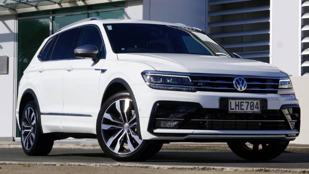 how volkswagen has made the tiguan allspace the torque of. Black Bedroom Furniture Sets. Home Design Ideas