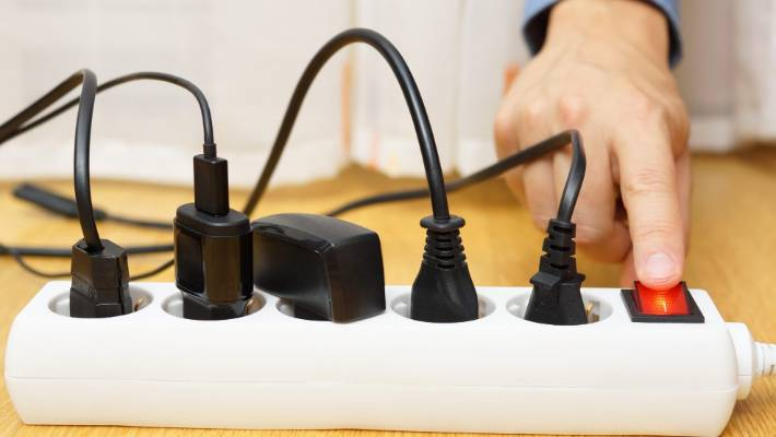 0b4a916ea4718 Retailers take action over wholesale electricity market chaos ...