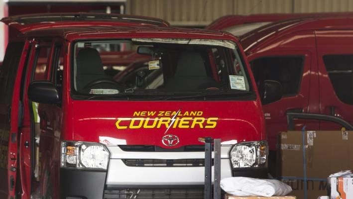 5aa7e2d957e In 2016, then-Freightways CEO Dean Bracewell said a self-driving courier  fleet