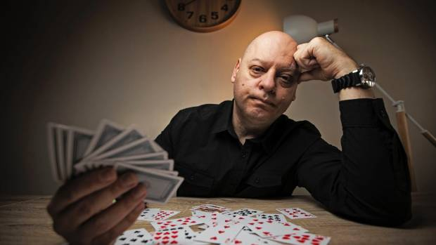 Casino card dealer gets a proper facial are there blackjack slots