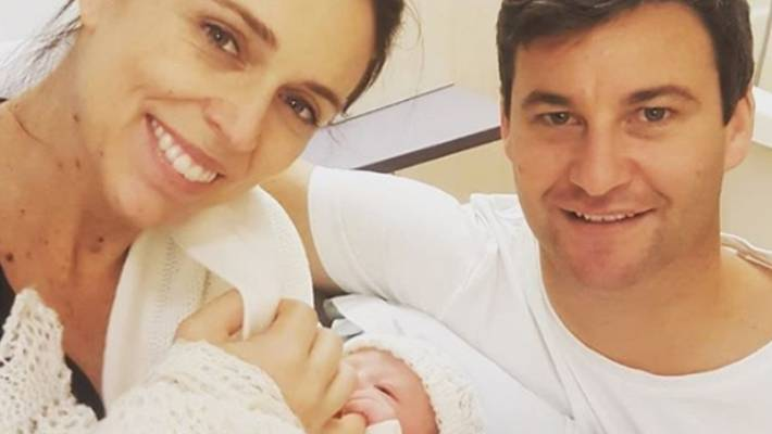 bfadc2e25b098 At 4.45pm on Thursday, Jacinda Ardern and Clarke Gayford welcomed a a  3.31kg bundle