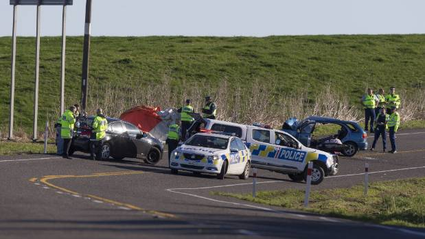 Seven killed in crash on state highway 3 in south taranaki - Coloriage cars accident ...