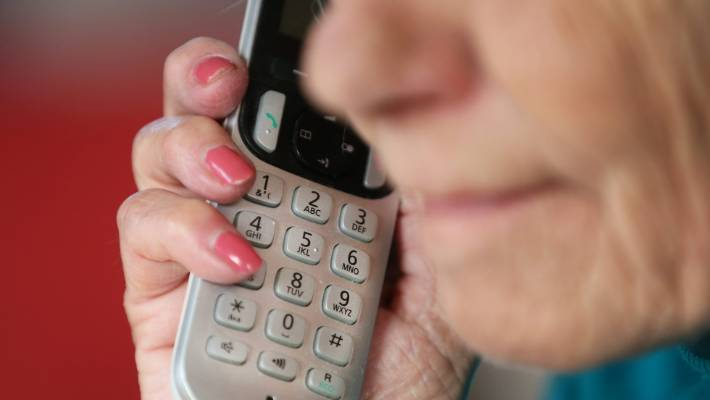 A Westpac survey has found that one in three kiwis has switched to fraudsters.