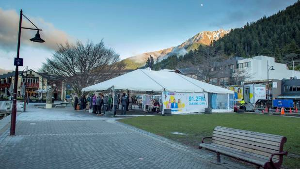 Even when the sun came up, the temperature remained firmly below zero on the The AM Show-set in Queenstown on Tuesday ...