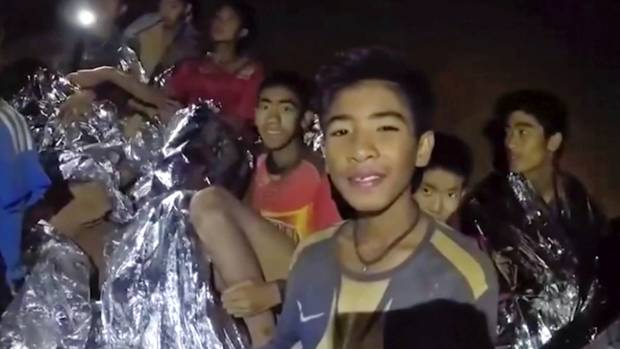 Cave survivor's dad describes how boys became trapped, coach's response