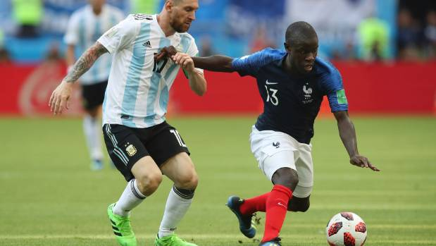 Chelsea 'open N'Golo Kante contract talks'