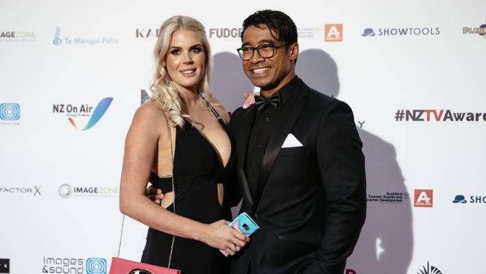 Lizz Sadler and Pua Magasiva at the NZTV Awards 2017.