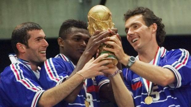 France beat Croatia to win Russian Federation 2018