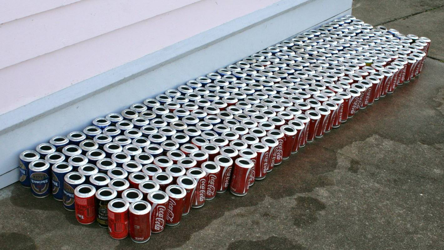 Solar Panel Heater Made From Empty Cans Costs Almost