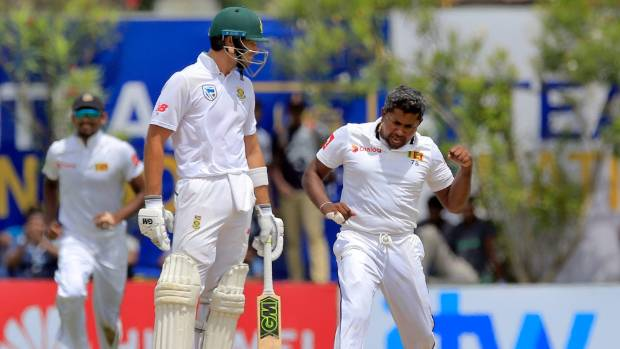 Spinners put Lanka in driving seat