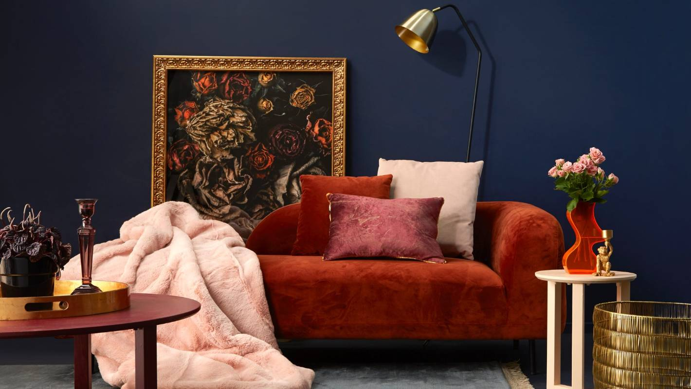 What Goes With A Midnight Blue Interior Colour Scheme