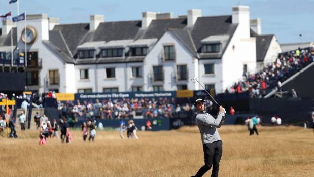 Woods has mixed bag and another 71 at British Open