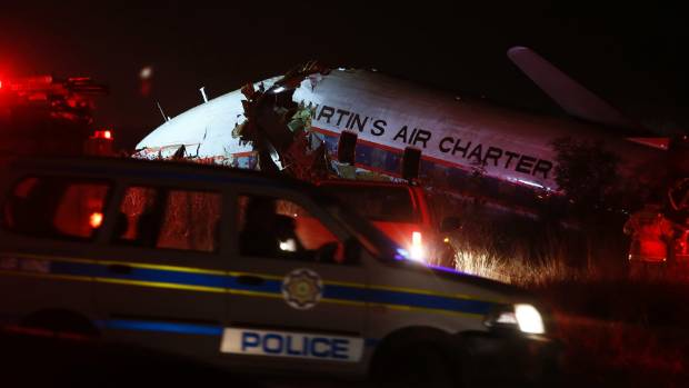 Dramatic footage, from inside a crashing plane near Pretoria, has apparently emerged