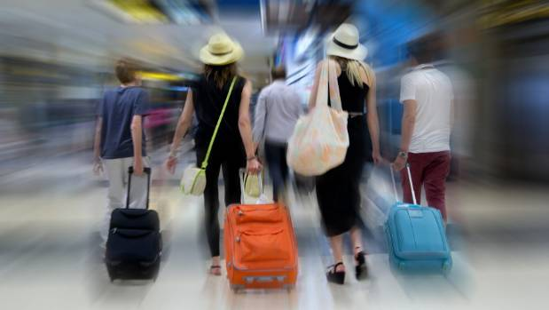 Kiwis that return to New Zealand after the painful restructuring of the 80s and 90s is one of the economic factors that ...