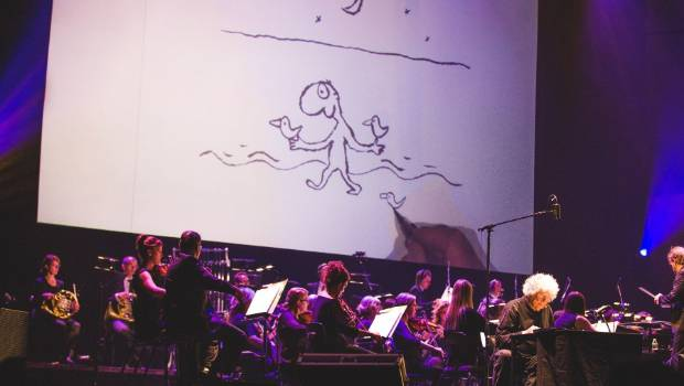 Leunig on stage with the Sydney Symphony Orchestra