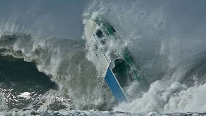 Watch Giant Wave Destroy Boat At Surfing Hotspot In
