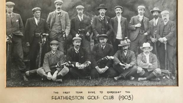 The first team to represent Featherston Golf Club in 1903.